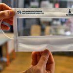 İşitme engelliler için şeffaf maske üretimi